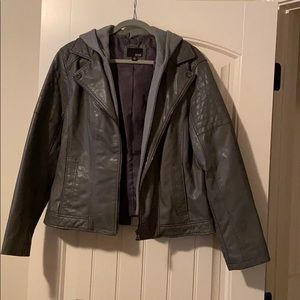 Size XL gray faux leather jacket.